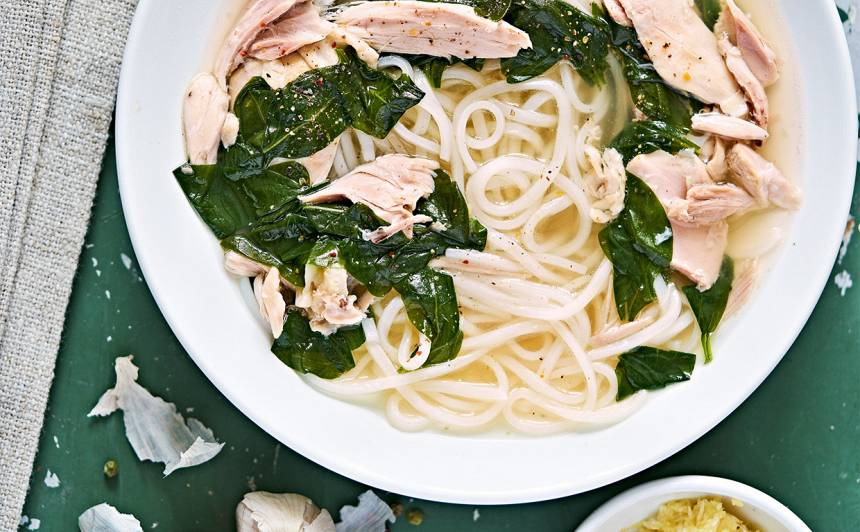 Sildošā vistas un ingvera zupa