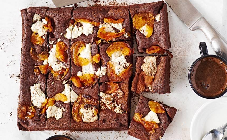 Šokolādes un aprikožu kūka recepte