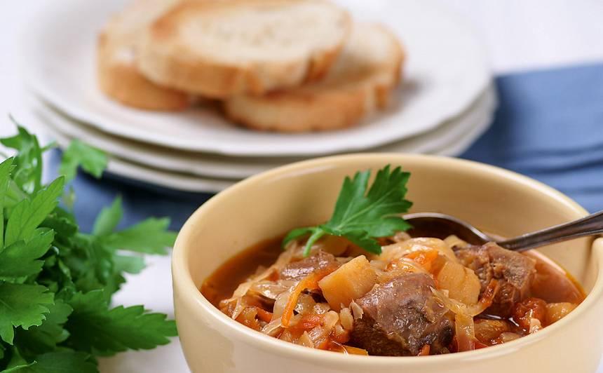 Liellopu gaļas zupa ar kāpostiem recepte