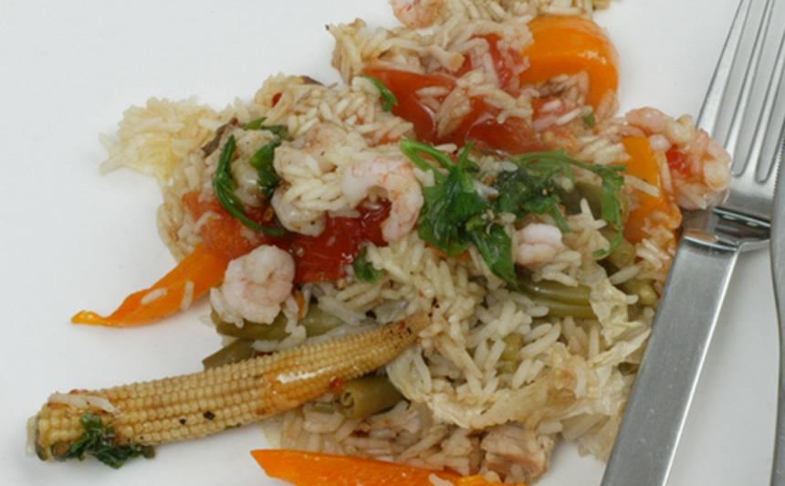 Sautētu dārzeņu un rīsu mikslis recepte