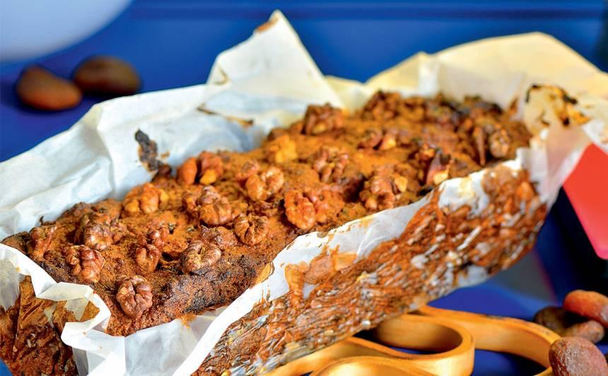 Ruma, aprikožu un banānu kūka recepte