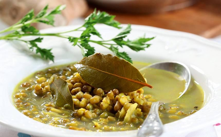 Mung pupiņu zupa ar ingveru recepte