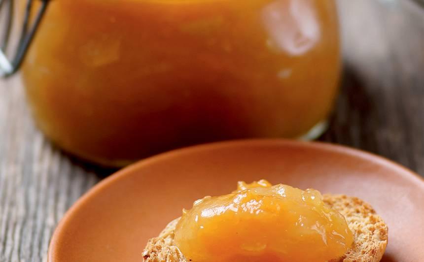 Cidoniju džems ar ķirbi un āboliem recepte