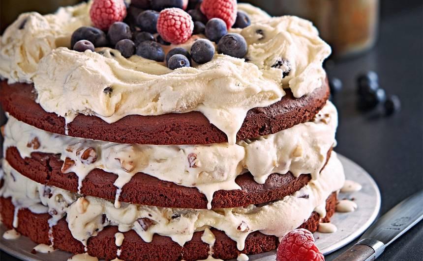 Kārtainā saldējuma torte