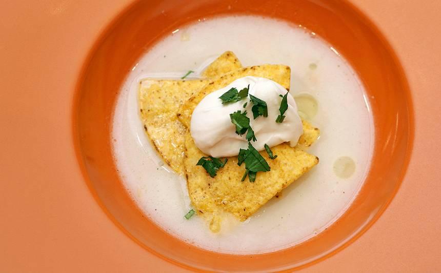 Pupiņu zupa ar kazas sieru recepte