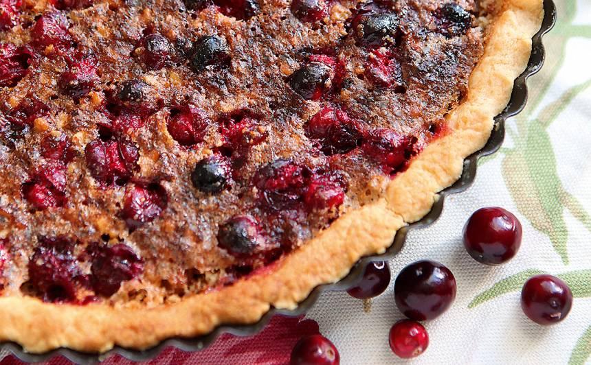 Dzērveņu un valriekstu pīrāgs recepte