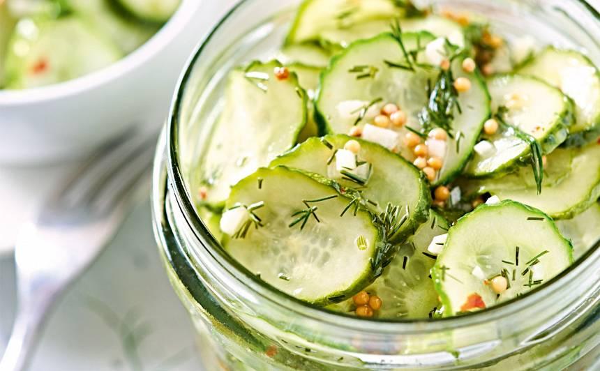 Gurķu salāti ziemai ar čili recepte