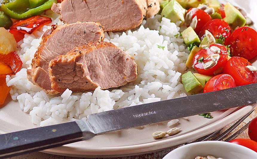 Cūkas fileja ar rīsiem un avokado receptes
