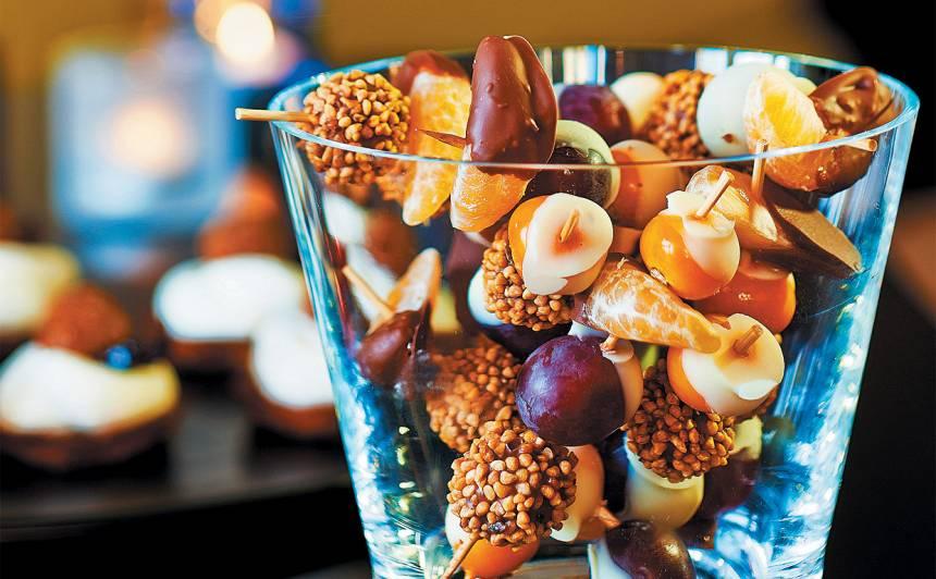 Konfekšu un augļu iesmiņi recepte