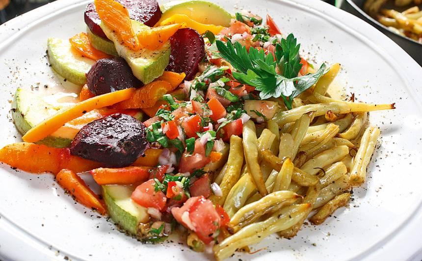 Cepti dārzeņi ar tomātu salsu recepte