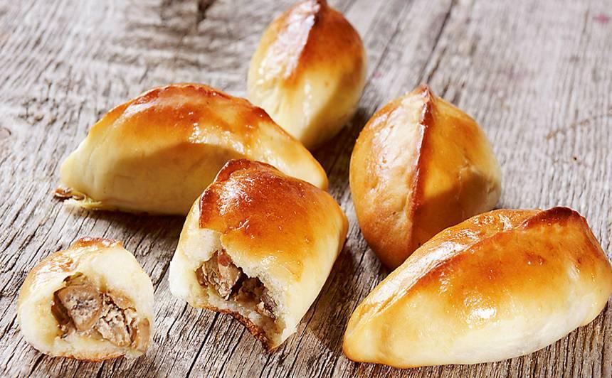 Pīrādziņi ar sēnēm un svaigo sieru recepte