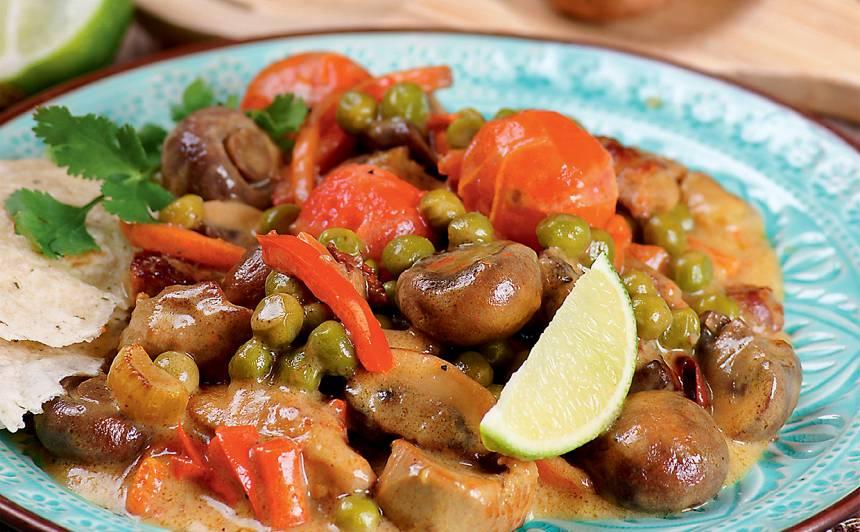 Gaļas un dārzeņu sautējums karijā recepte