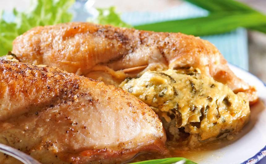 Ar lakšiem pildītas vistas filejas recepte