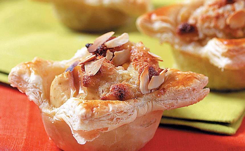 Kārtainās mīklas groziņi ar āboliem un marcipānu recepte