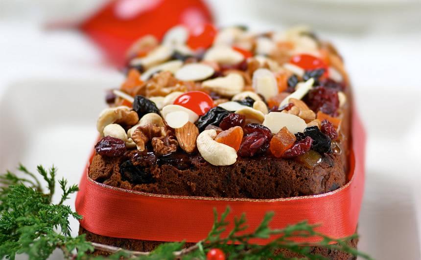 Ziemassvētku augļu kūka