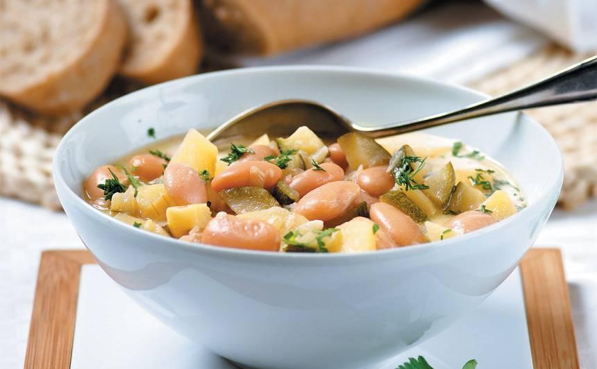 Biezā dārzeņu zupa ar pupām recepte