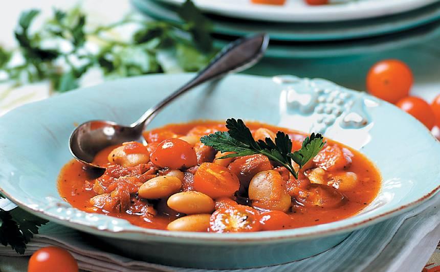 Tomātu zupa ar salami recepte