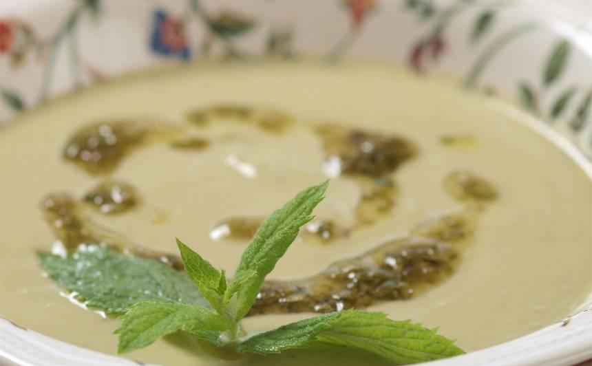 Aukstā cūku pupu zupa recepte