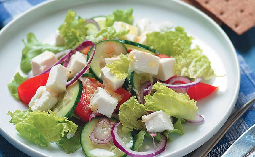 Ātrie grieķu salāti
