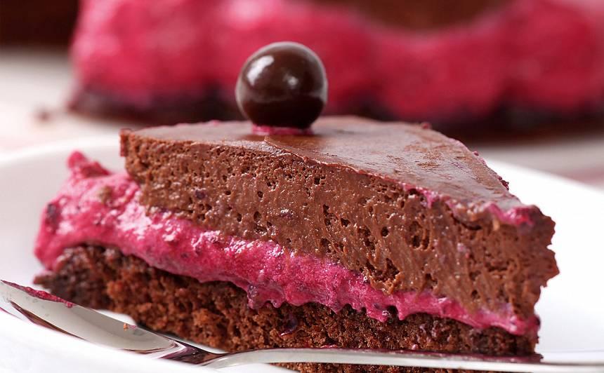 Upeņu un šokolādes kūka