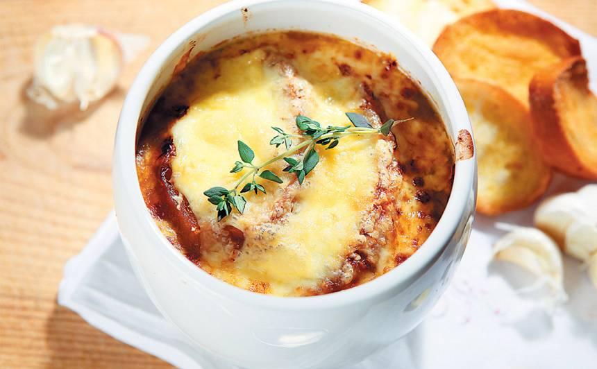 Sīpolu zupa (Francija) recepte