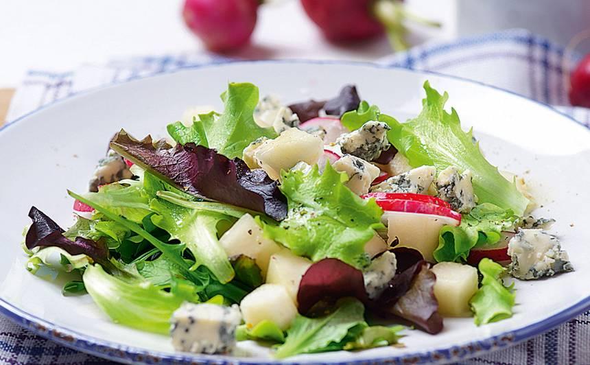Redīsu un bumbieru salāti ar zilo sieru recepte