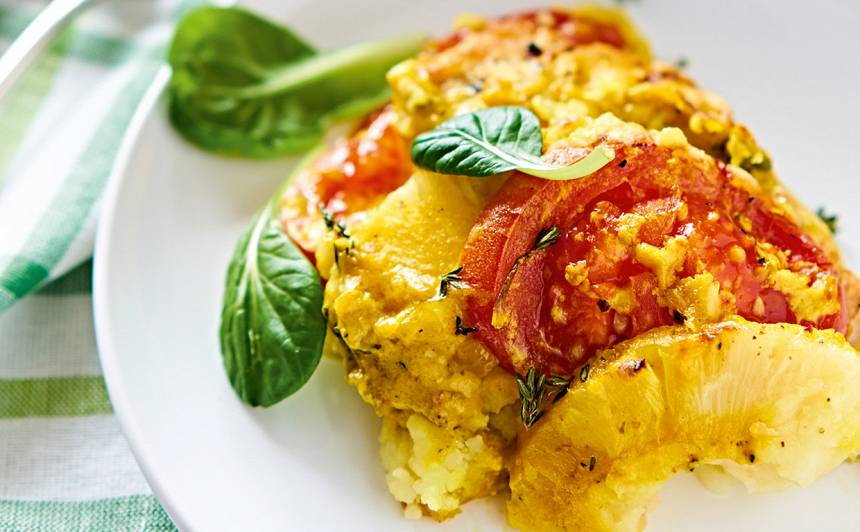 Tītara fileja ar ananasu un tomātiem