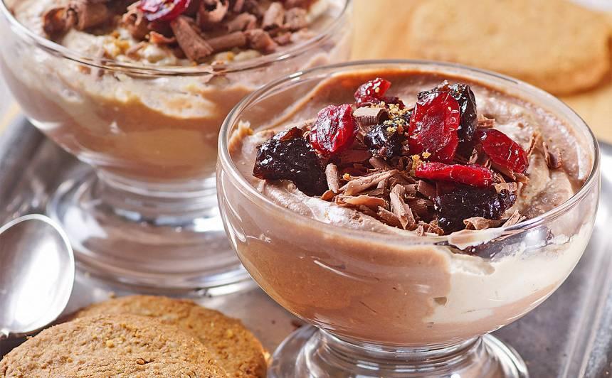 Biezpiena un kafijas deserts recepte