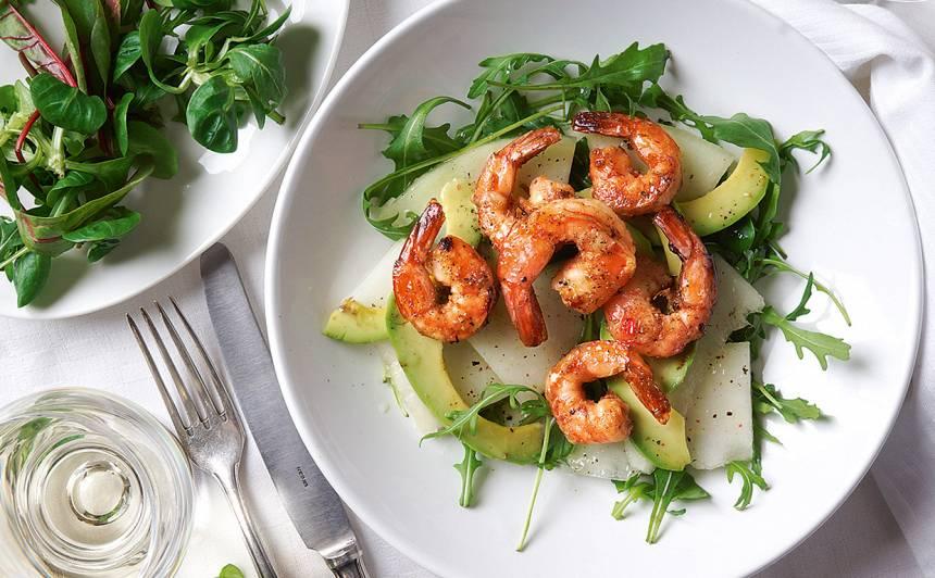 Garneļu salāti ar meloni un avokado recepte