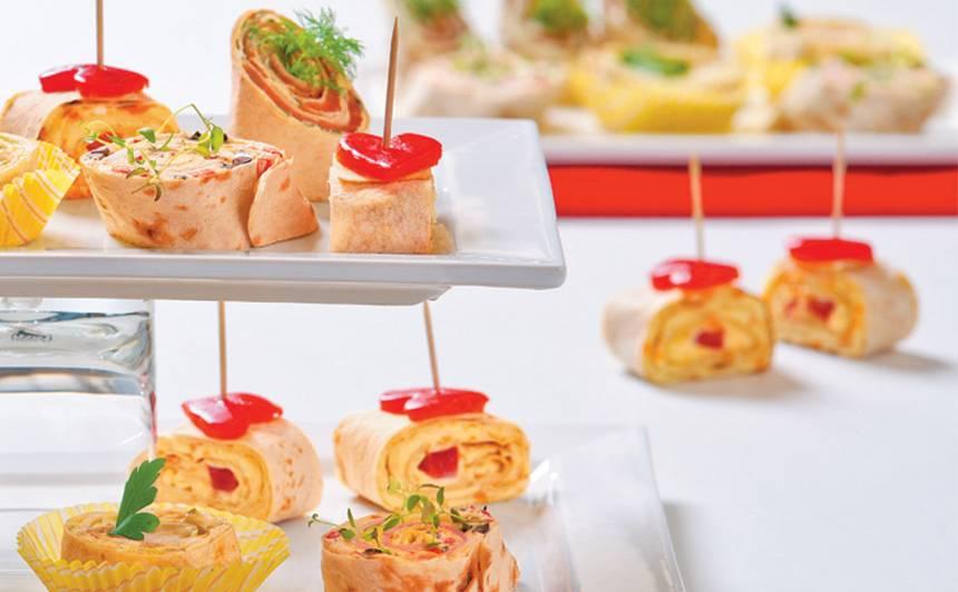 Lavaša uzkodas ar siera salātiem recepte