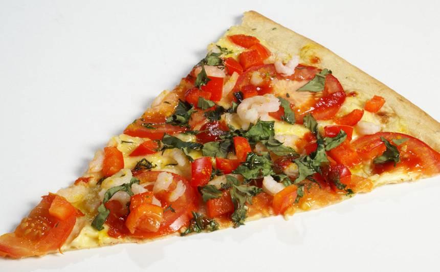 Lavaša pica ar garnelēm un kariju recepte