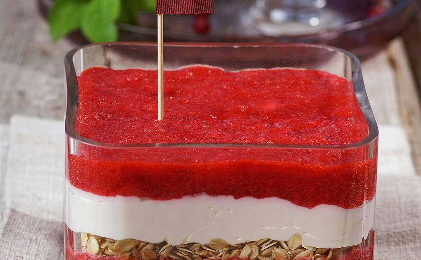 Deserts par godu Latvijai recepte