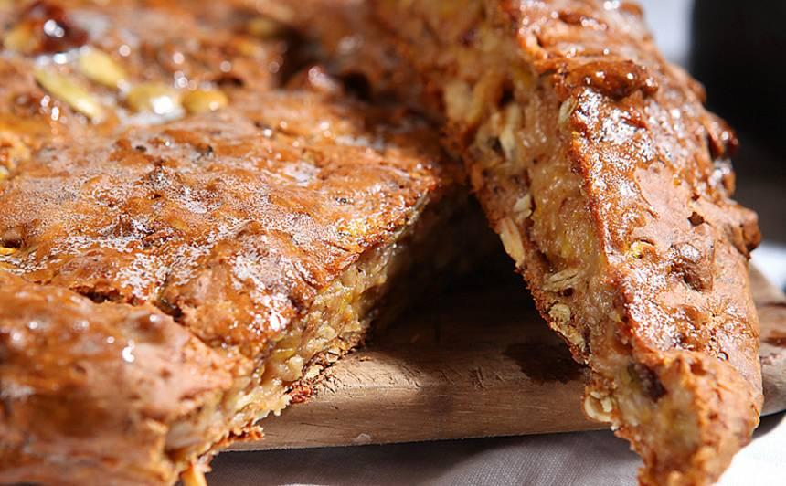 Ātrā ķirbju maize ar valriekstiem recepte