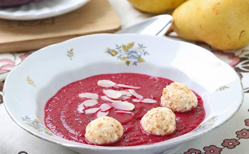 Deserta zupa ar biezpiena bumbiņām
