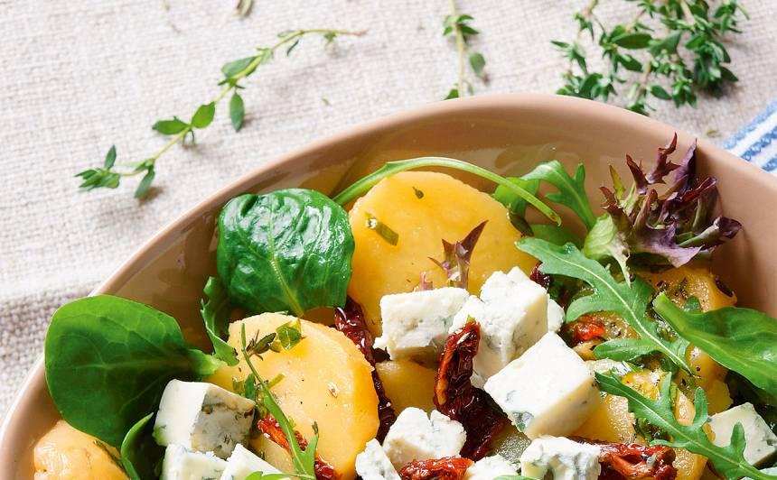 Kartupeļu salāti ar zilo sieru recepte