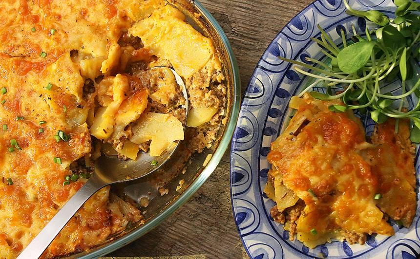 Kartupeļu, maltās gaļas sacepums ar siera kārtiņu recepte