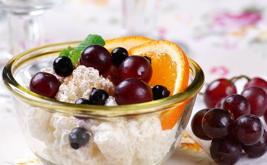 Rīsu krēms ar augļiem recepte