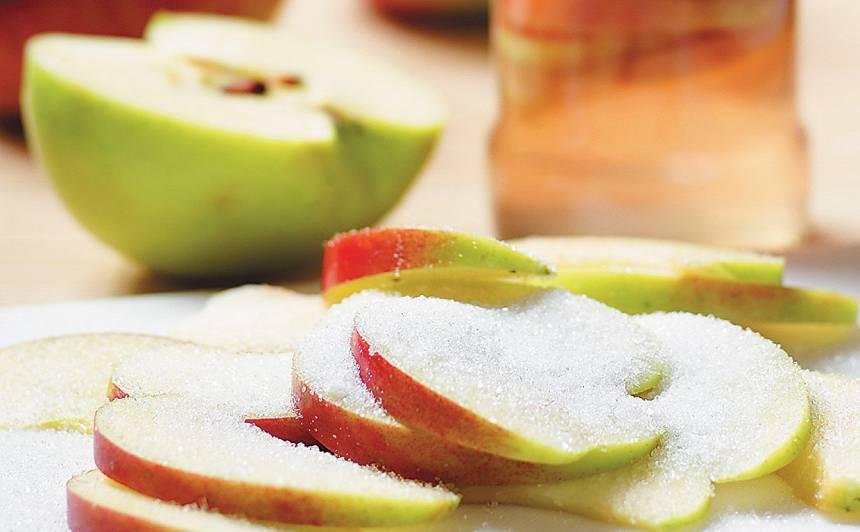 Ābolu šķēles cukursīrupā receptes