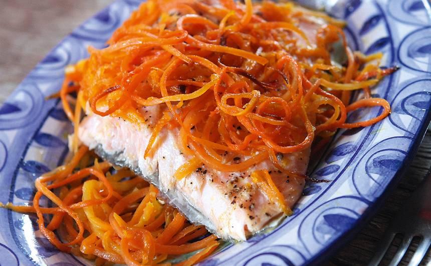 Forele korejiešu burkānos recepte