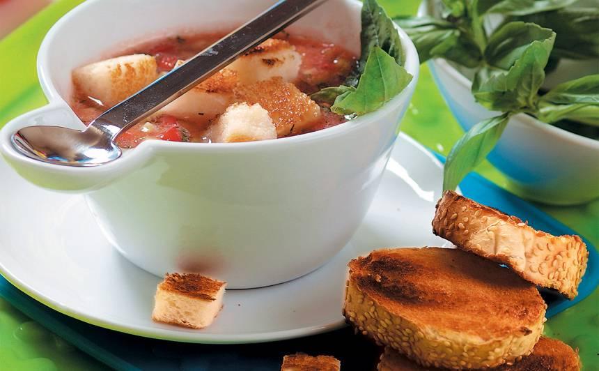Aukstā dārzeņu zupa recepte