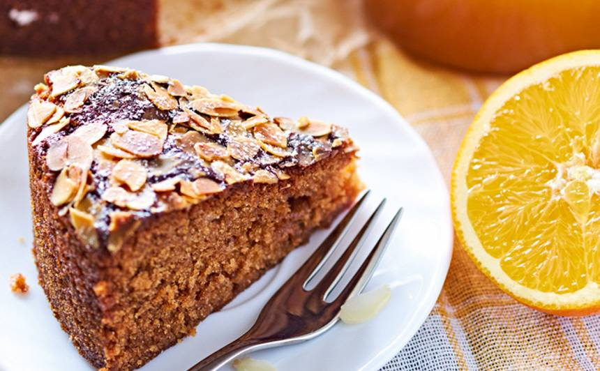Bagātīgā medus kūka recepte