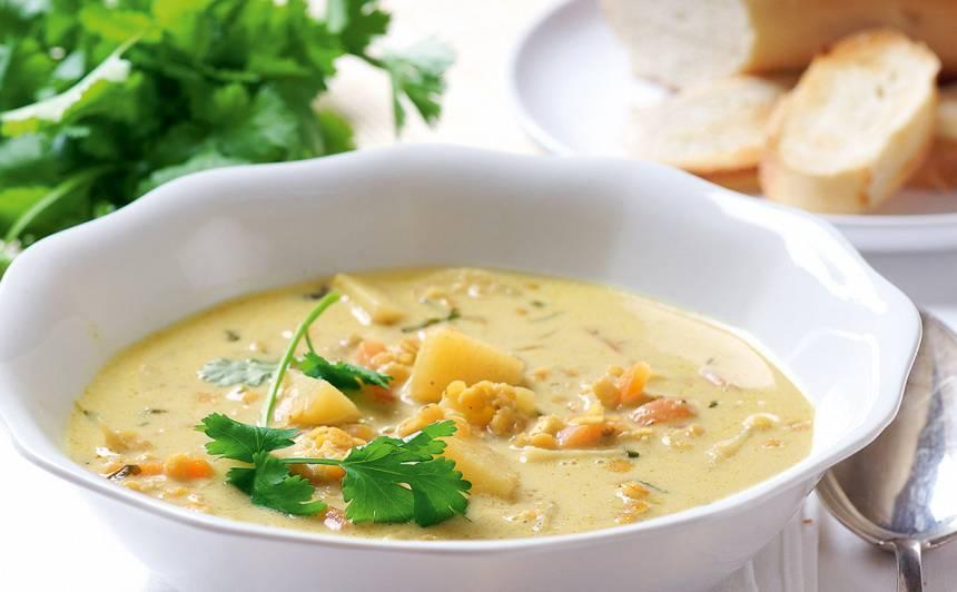 Kokosriekstu piena zupa ar dārzeņiem un lēcām recepte