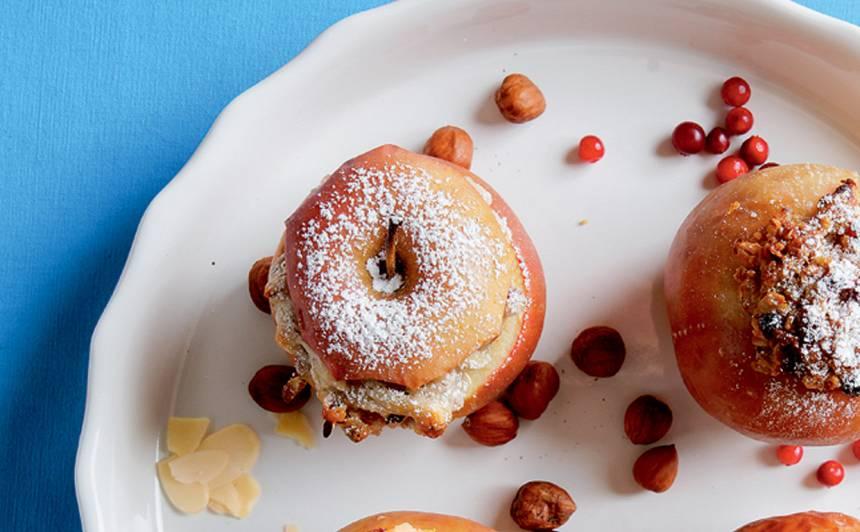 Cepti āboli ar marcipānu un riekstiem recepte