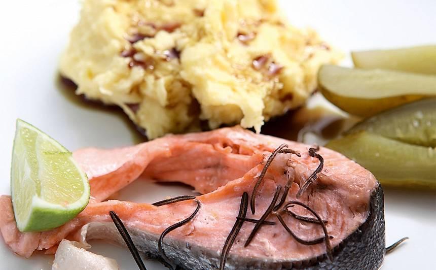 Kartupeļu biezenis ar lasi recepte