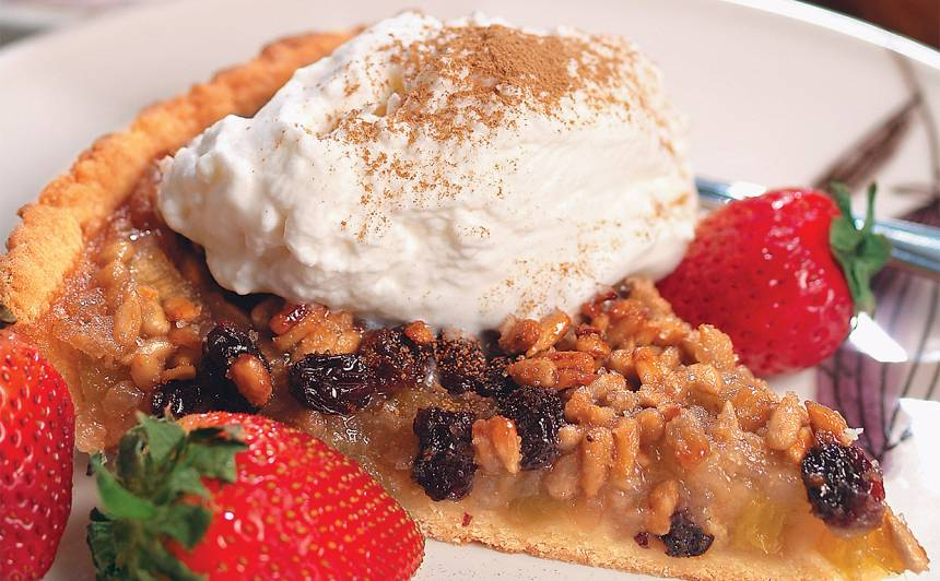 Rabarberu kūka ar medus glazūru recepte