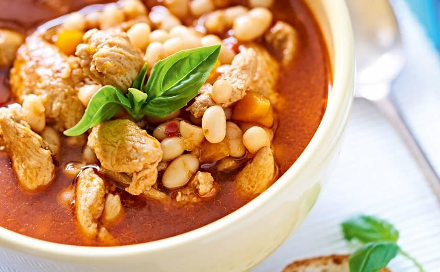 Pupiņu zupa ar vistas fileju recepte