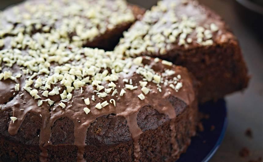 Kabaču kūka ar šokolādi un apelsīniem