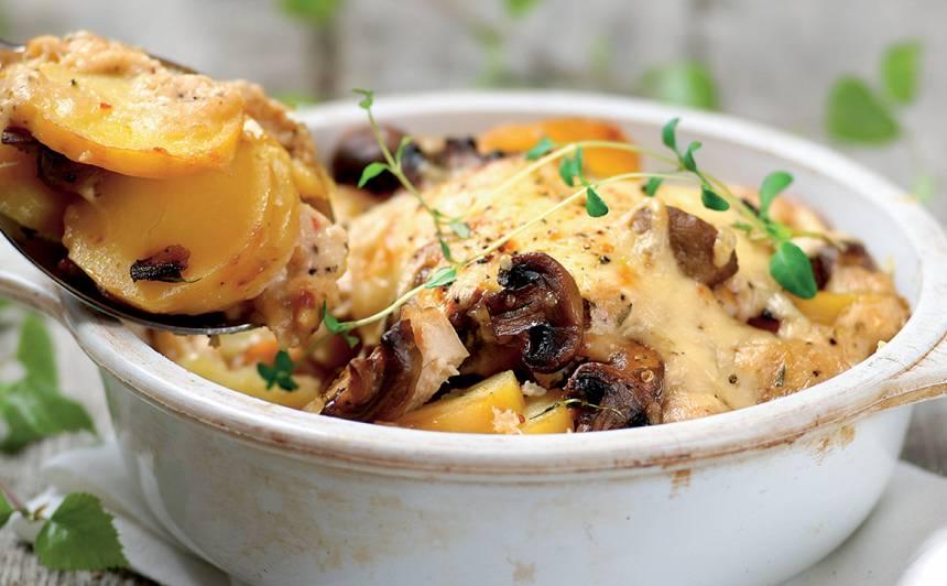 Kartupeļu sacepums ar vistu un sēnēm recepte