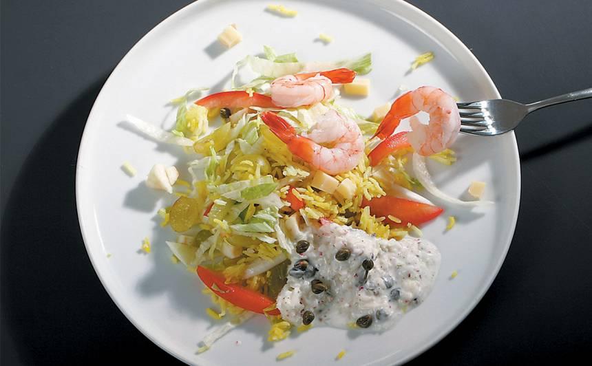 Rīsu salāti ar kāpostiem un garnelēm recepte