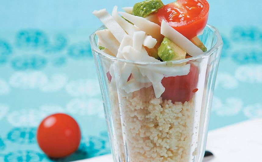 Kuskusa salāti ar kalmāru recepte